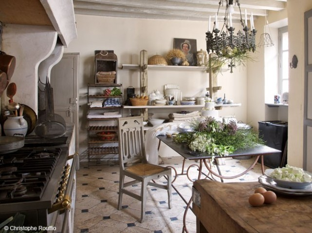 French kitchen decor - Decoration maison de campagne chic ...